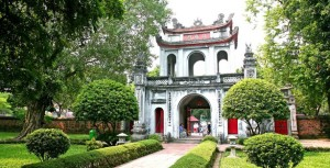 Hanoi private city tour with the chosen tour guide in Hanoi