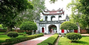 Hanoi day trip with Hanoi local tour guide from Halong City best rate guaranteed
