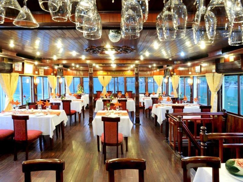 Restaurant Majestic Cruise