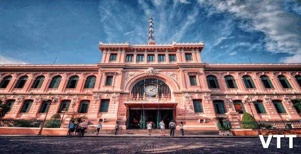 SAIGON CENTER POST OFFICE is one of places to visit in Saigon Ho Chi Minh city