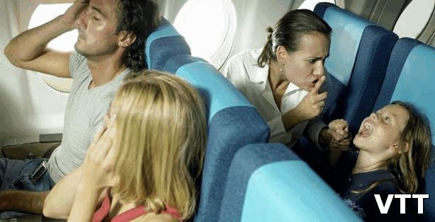 Plane travel tips with kids