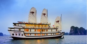Customized Hanoi Halong Bay Cruise 4 days package for Mrs. Elizabeth on 07082015