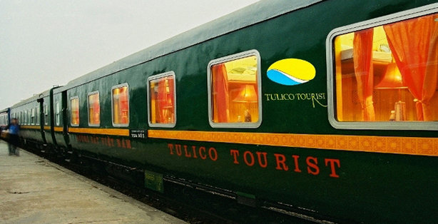 Tulico Express train Hanoi - Sapa