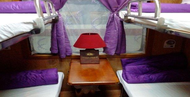Viollete express train to Sapa