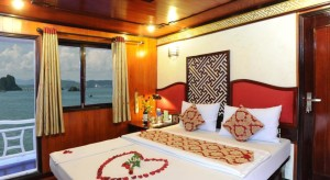 Deluxe-double-balcony-room-Rosa-Cruise